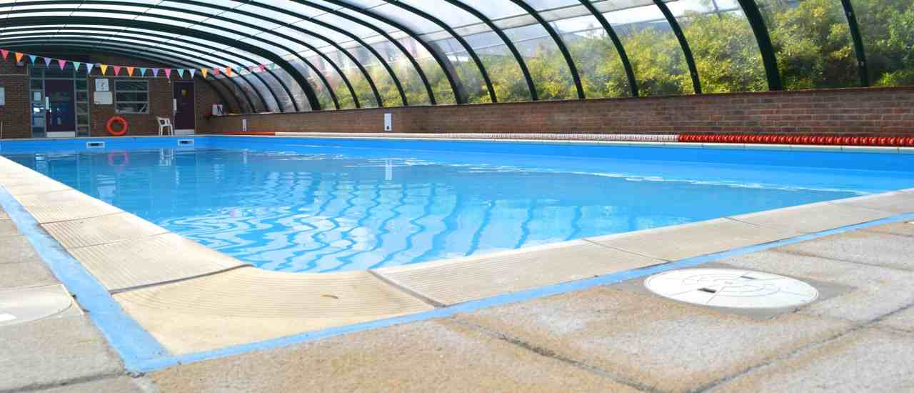 The wendover swimming pool for Swimming pools open today near me