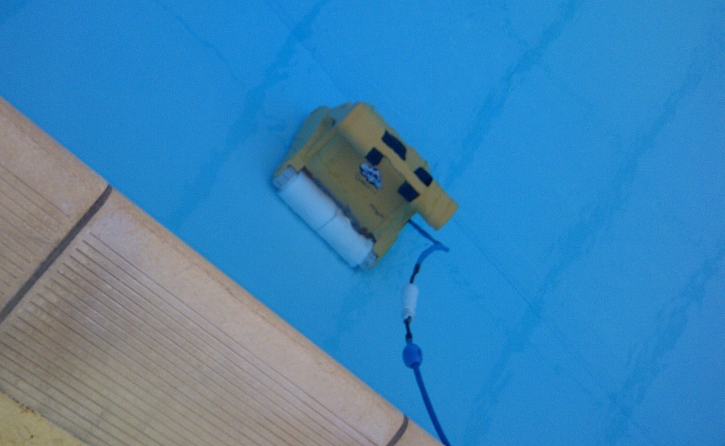 The Wendover Swimming Pool Cleaning Robot In Action